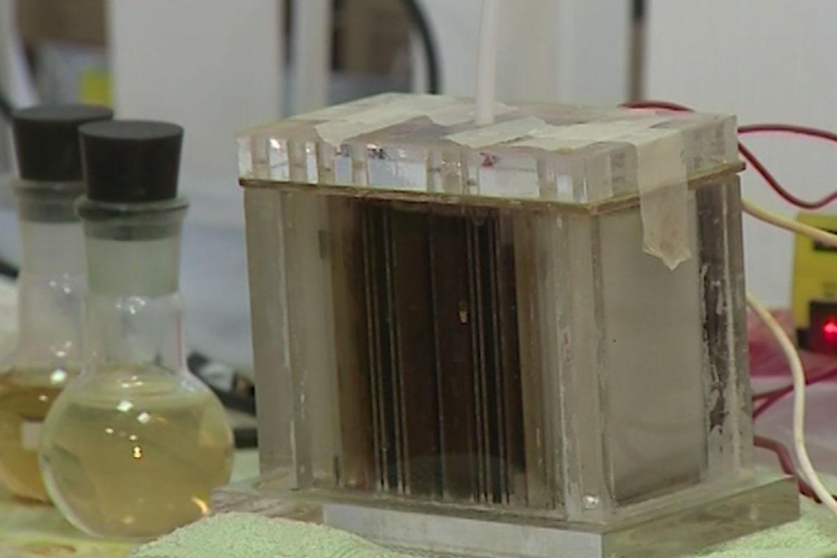 Ученые СПбПУ разработали новое устройство для очистки воды на базе сложных химических веществ