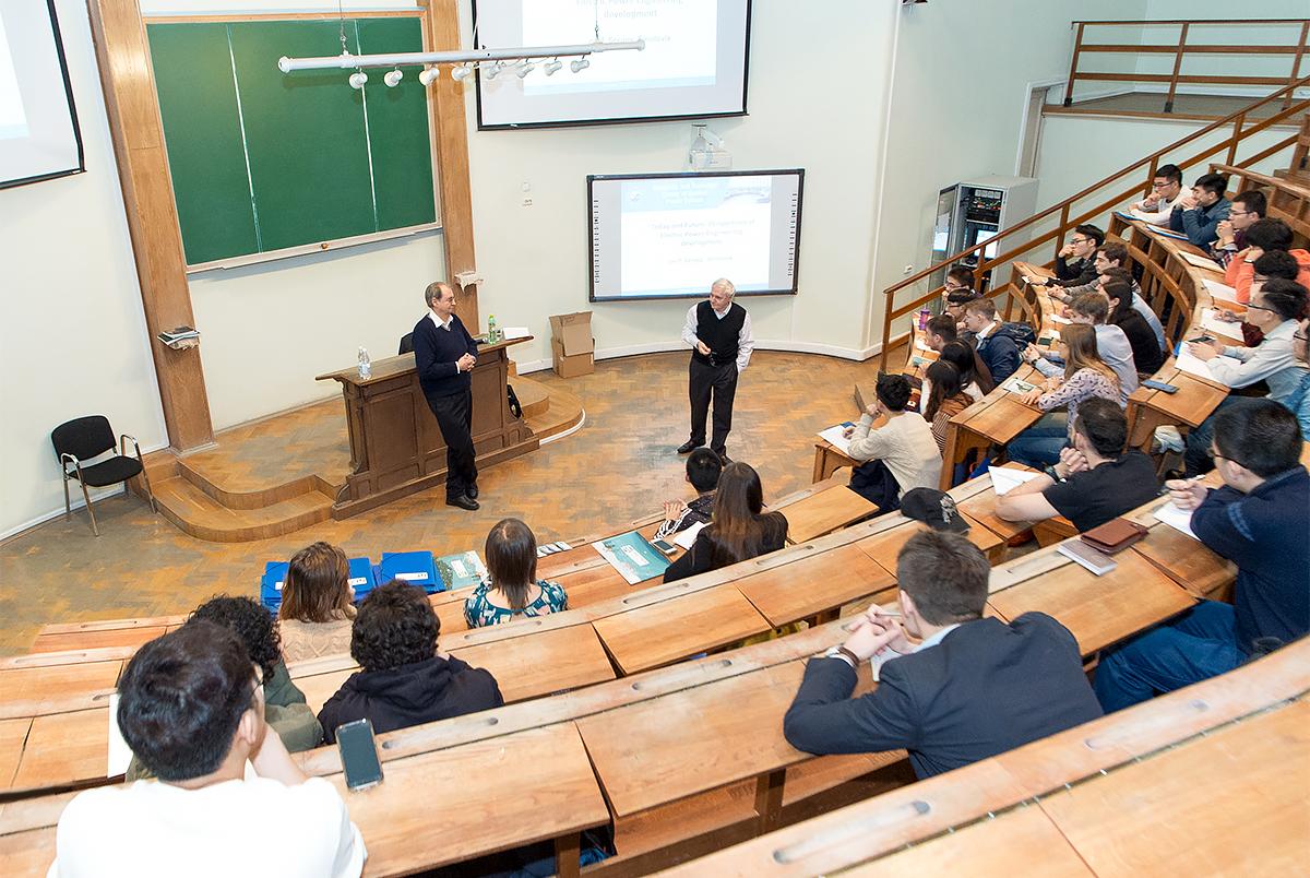 В СПбПУ состоялось 3-е заседание Комиссии по отбору иностранных преподавателей