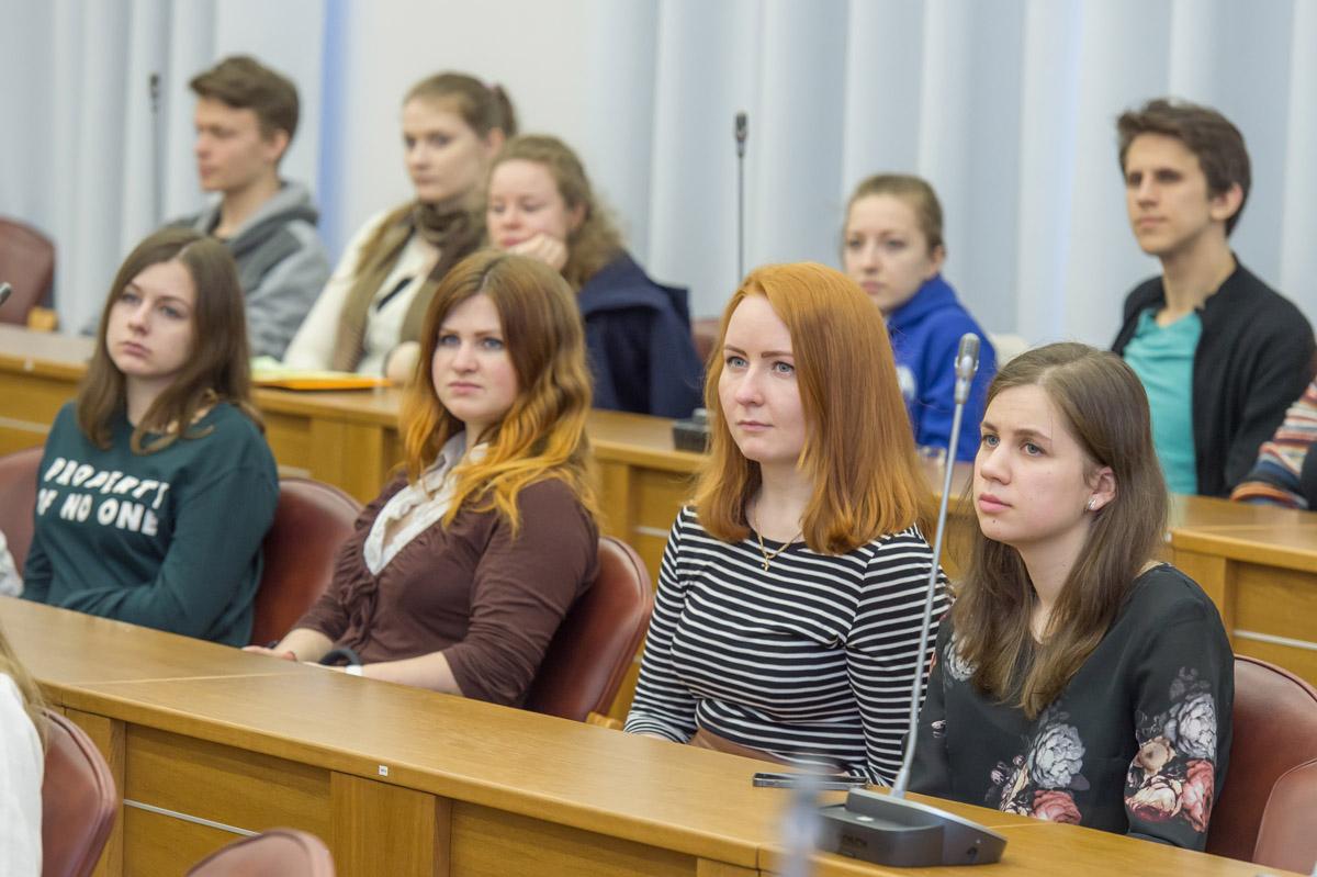 Конкурс на индивидуальную финансовую поддержку участия талантливых иностранных учащихся в международных программах дополнительного образования СПбПУ